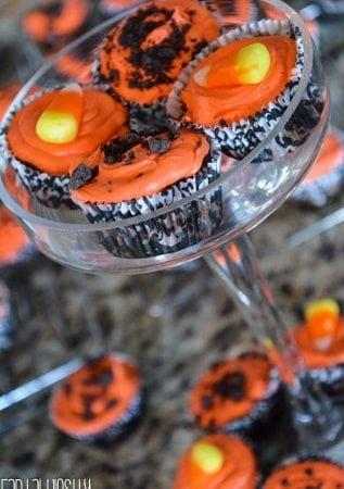 Halloween cupcakes, cookies n cream cupcakes,