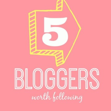 5 Mom Bloggers Worth Following