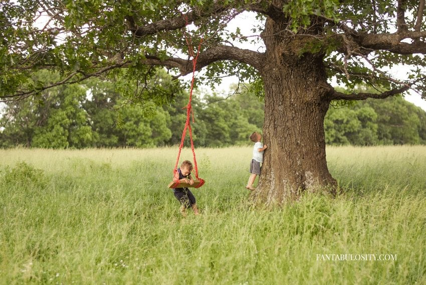 Summer snack ideas - playing outside by tree with a swing