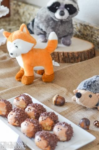 Woodland Friends First Birthday Party Forest Animals http://fantabulosity.com