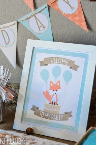 """Woodland Friends First Birthday Party """"Welcome to my party,"""" sign! http://fantabulosity.com"""