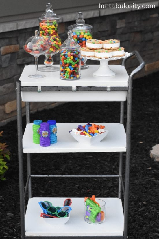 s to make your own tie-dye shirts! & Candy Bar Cart for an afternoon full of Summer fun!!! fantabulosity.com