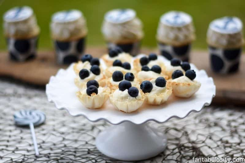Mini Cheesecakes for navy blue and white party or baby shower. You'll faint when you find out how easy these are. This can't be. https://fantabulosity.com