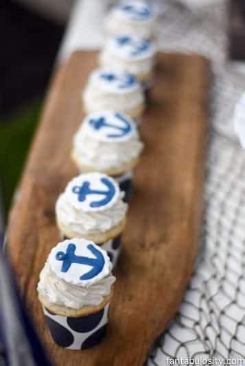 Nautical Birthday Party cupcakes! OMG so adorable! http://fantabulosity.com