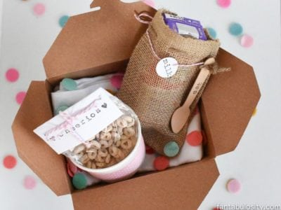 Breakfast Gift Box Idea! So cute to give a co-worker or a secret pal gift. https://fantabulosity.com