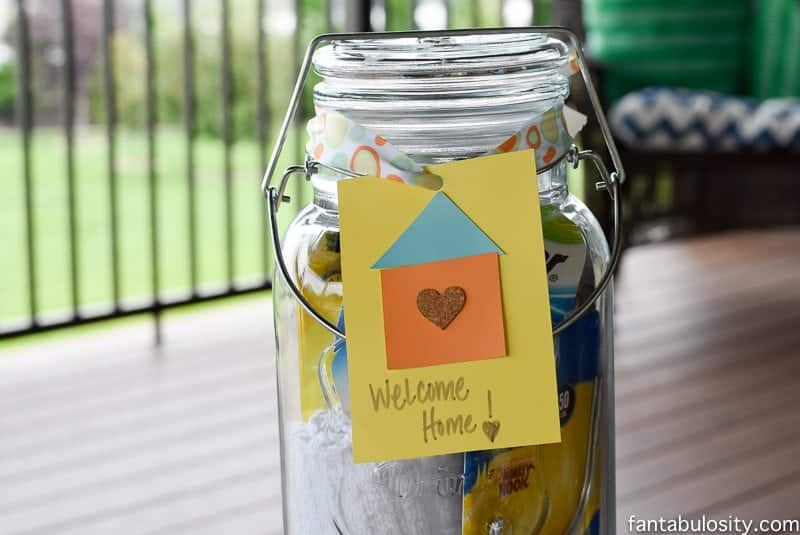 "DIY House Warming Gift Ideas. Mason Jar Drink dispenser with all of those ""always need,"" items when moving in! Awesome! https://fantabulosity.com"