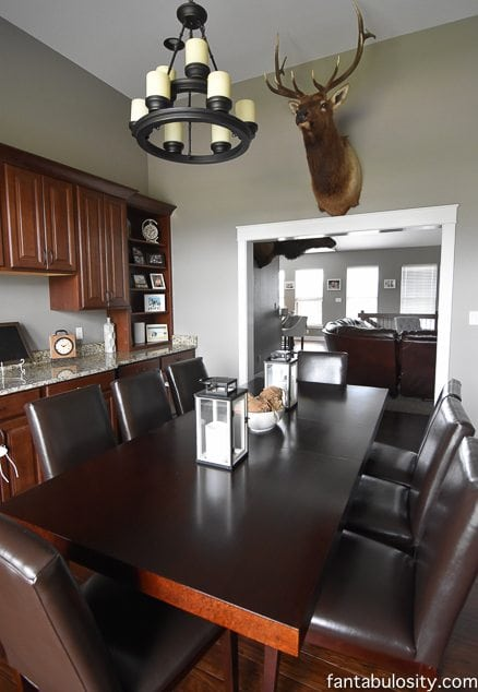 Craftsman Style Home Tour - The Dining Room and Foyer. Part 13 of this home tour! https://fantabulosity.com