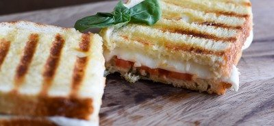 Caprese Grilled Cheese Sandwich - The Adult Grilled Cheese http://fantabulosity.com