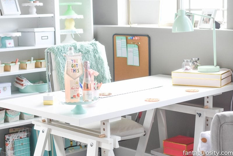 Home office desk idea: love this!