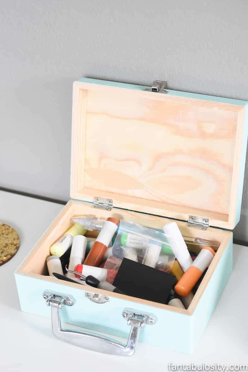 Wooden box to hold silhouette pens, cutters, etc. for her craft studio in her new home office reveal. So chic!