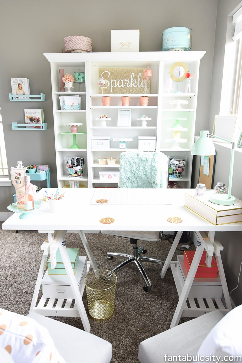 Home office desk idea : white IKEA custom