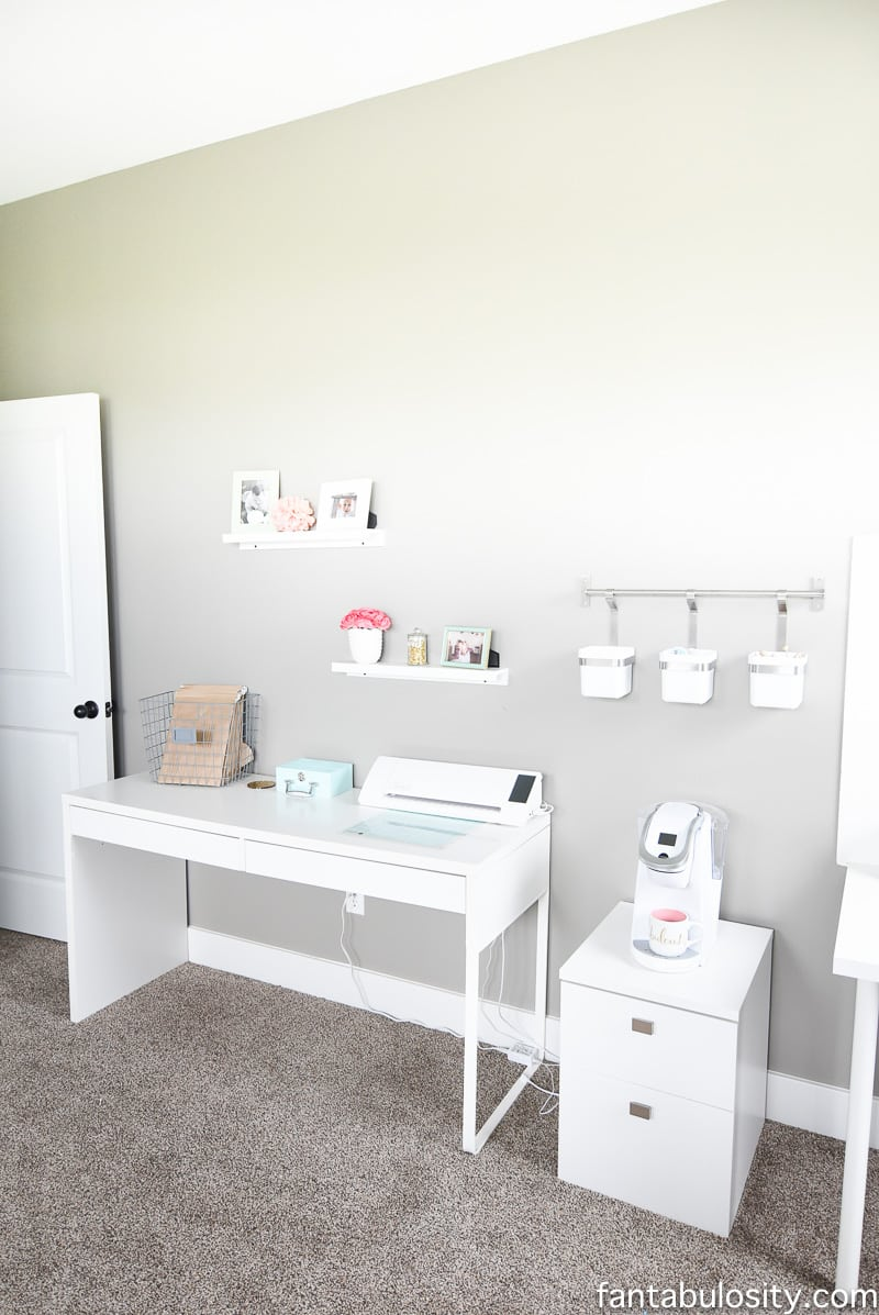 Photo studio, craft station, coffee bar, in her home office. LOVE!