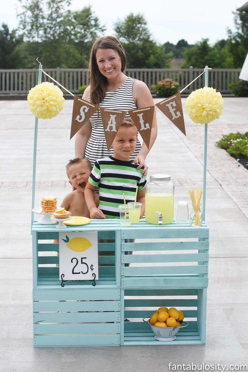 lemonade stand family activity for summer