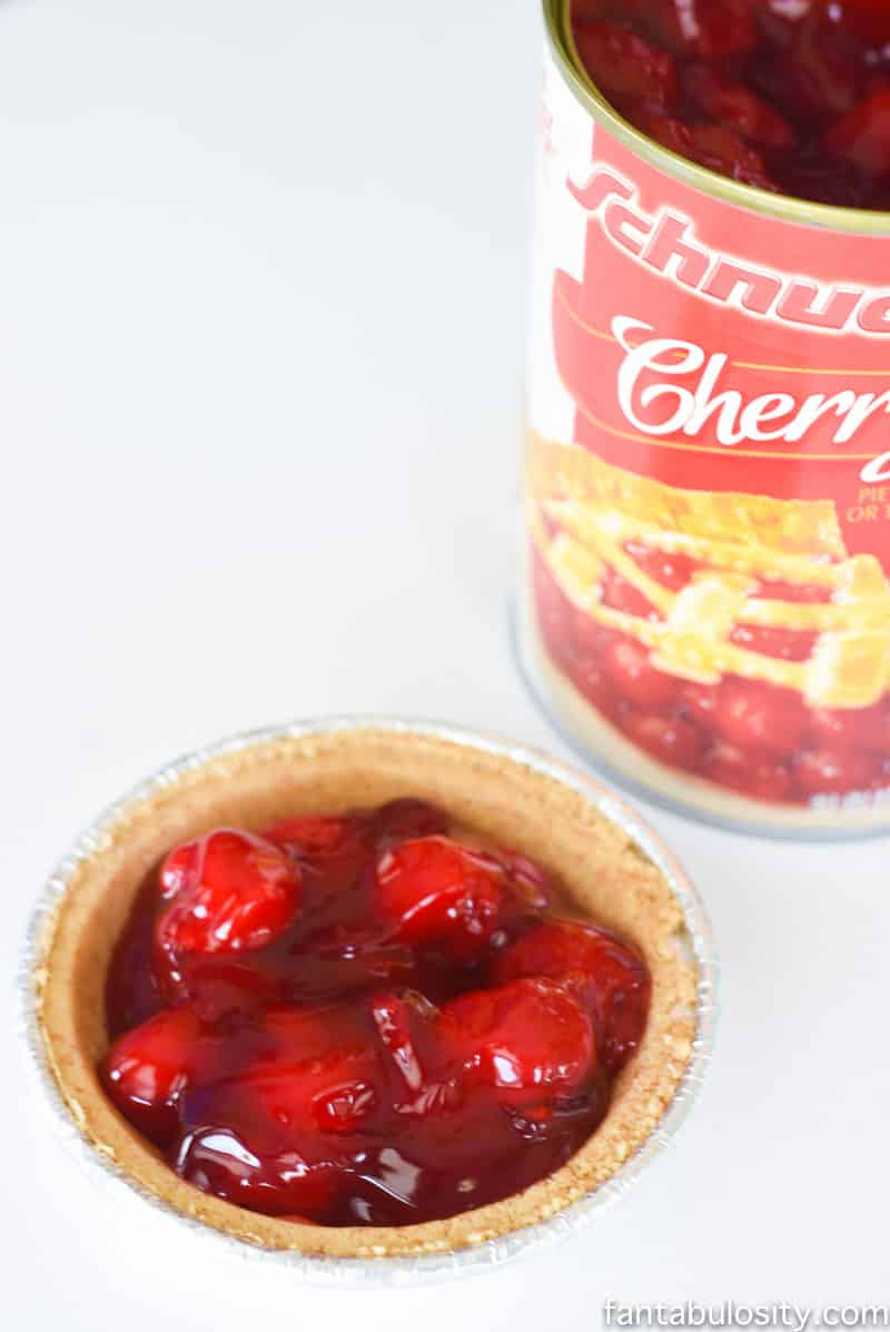 No Bake Mini Party Pies: Cherry Pies for a party