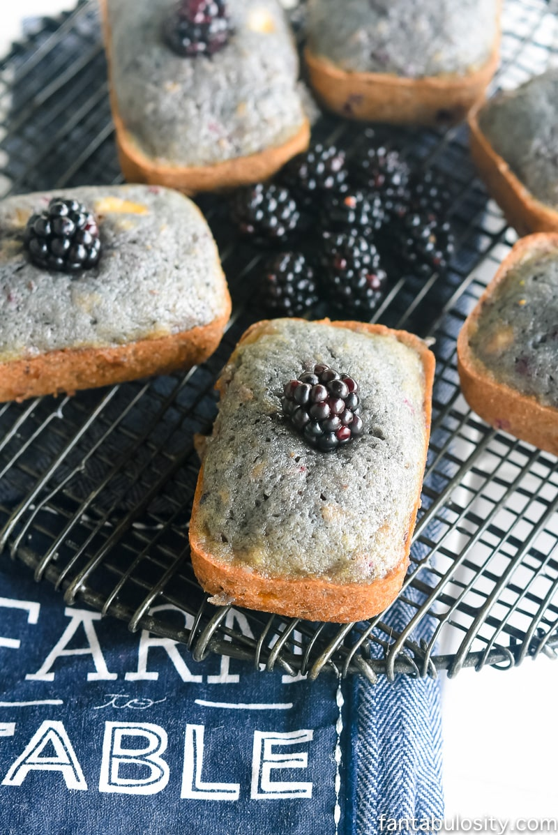 OMG. Now THIS is the banana bread I'll be making. Blackberry-Flax Banana Bread