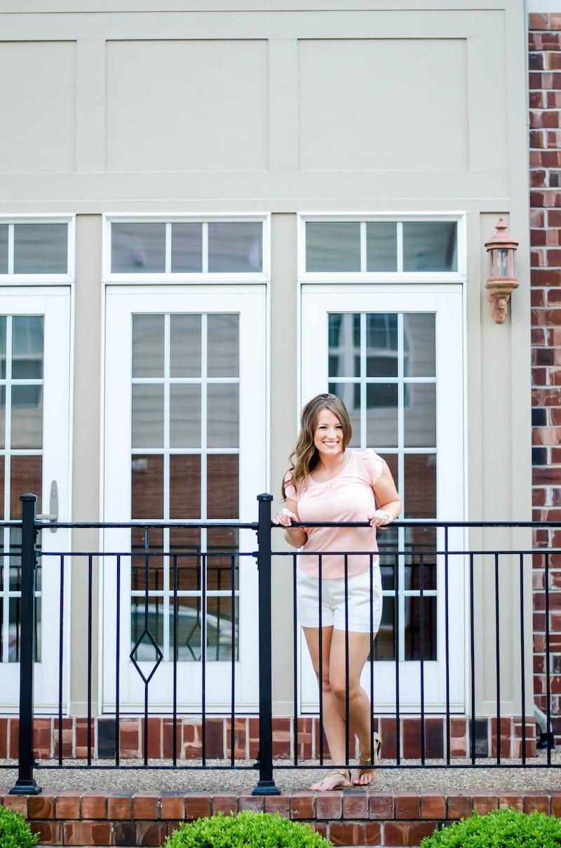 Lifestyle Blog Photoshoot Ideas. Headshots: modern and classic. Fantabulosity Blog