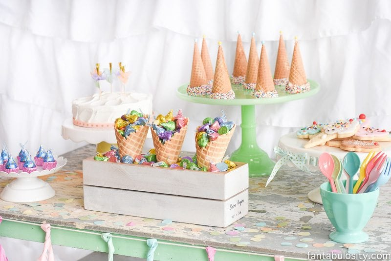 Ice cream party decorations treats theme ideas fantabulosity - S party theme decorations ...