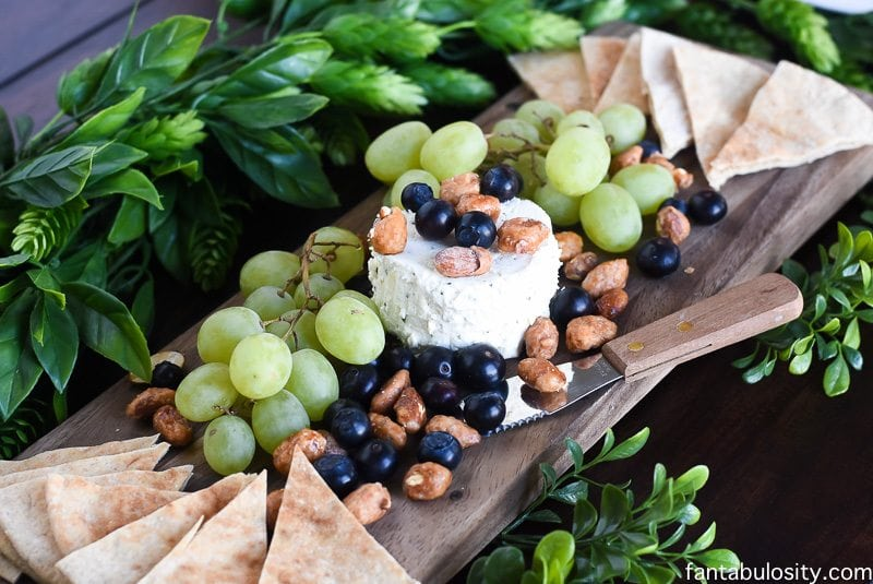 How to Make a Cheese Plate Appetizer: Ideas, presentation and display can be easy with a little trial and error! fantabulosity.com