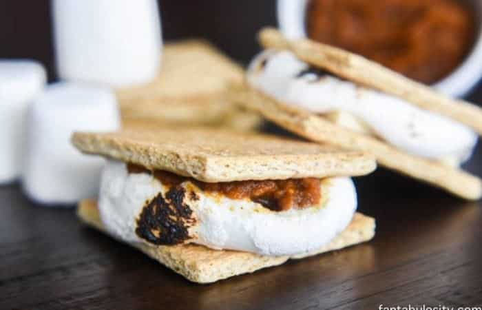 The PUMPKIN White Chocolate Smores are INCREDIBLE!