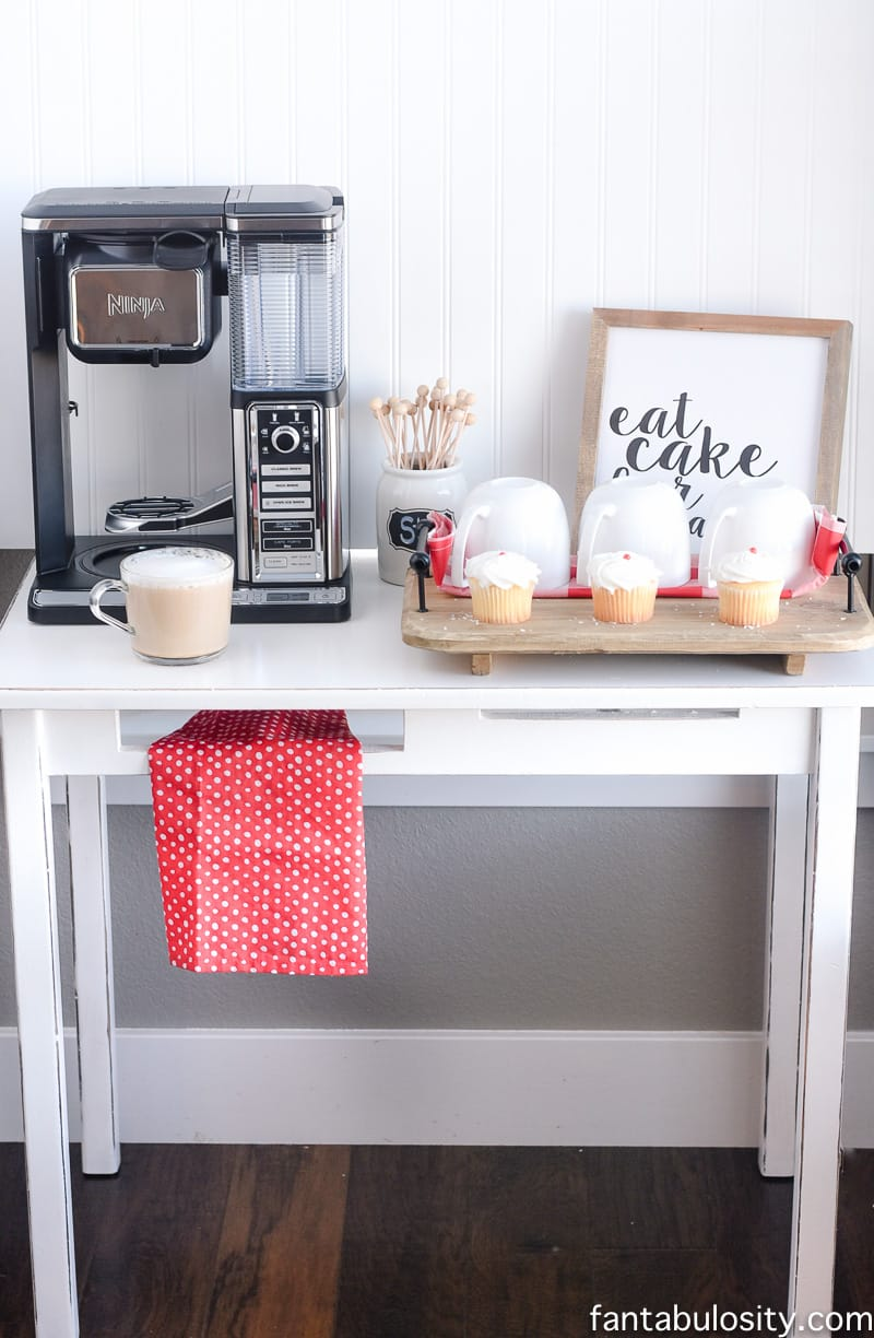 Diy coffee bar ideas for the kitchen entertaining for Coffee bar design ideas