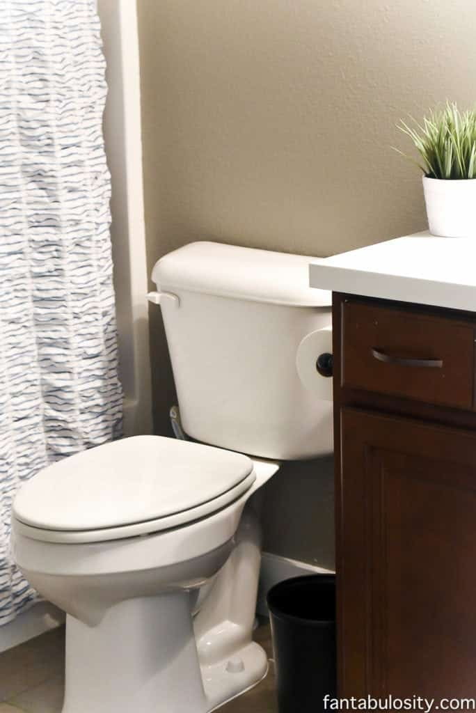 4 sneaky places urine smell hides in your bathroom - How to keep a bathroom smelling fresh ...