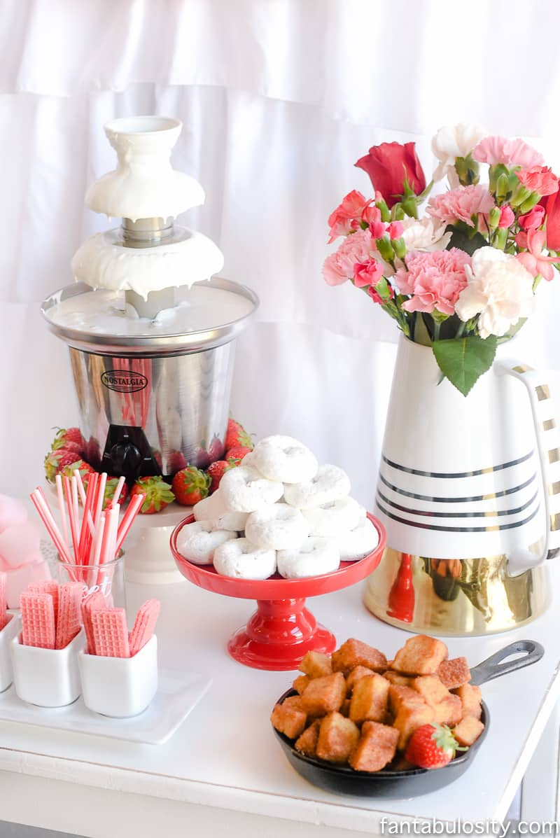 Chocolate Fountain Bar Ideas: A Modern, Rustic, & Pink Party ...