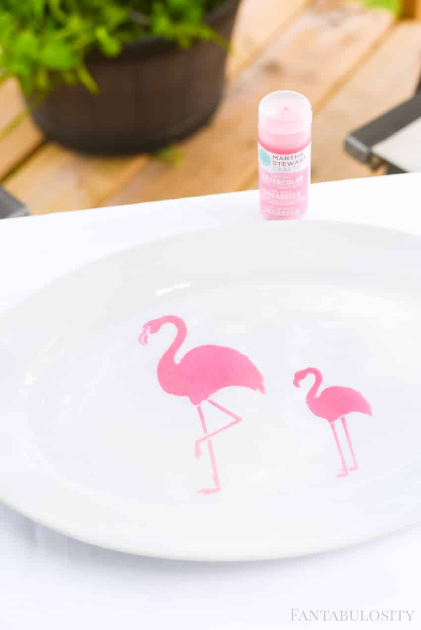 DIY Drink Serving Tray - Pink Flamingos
