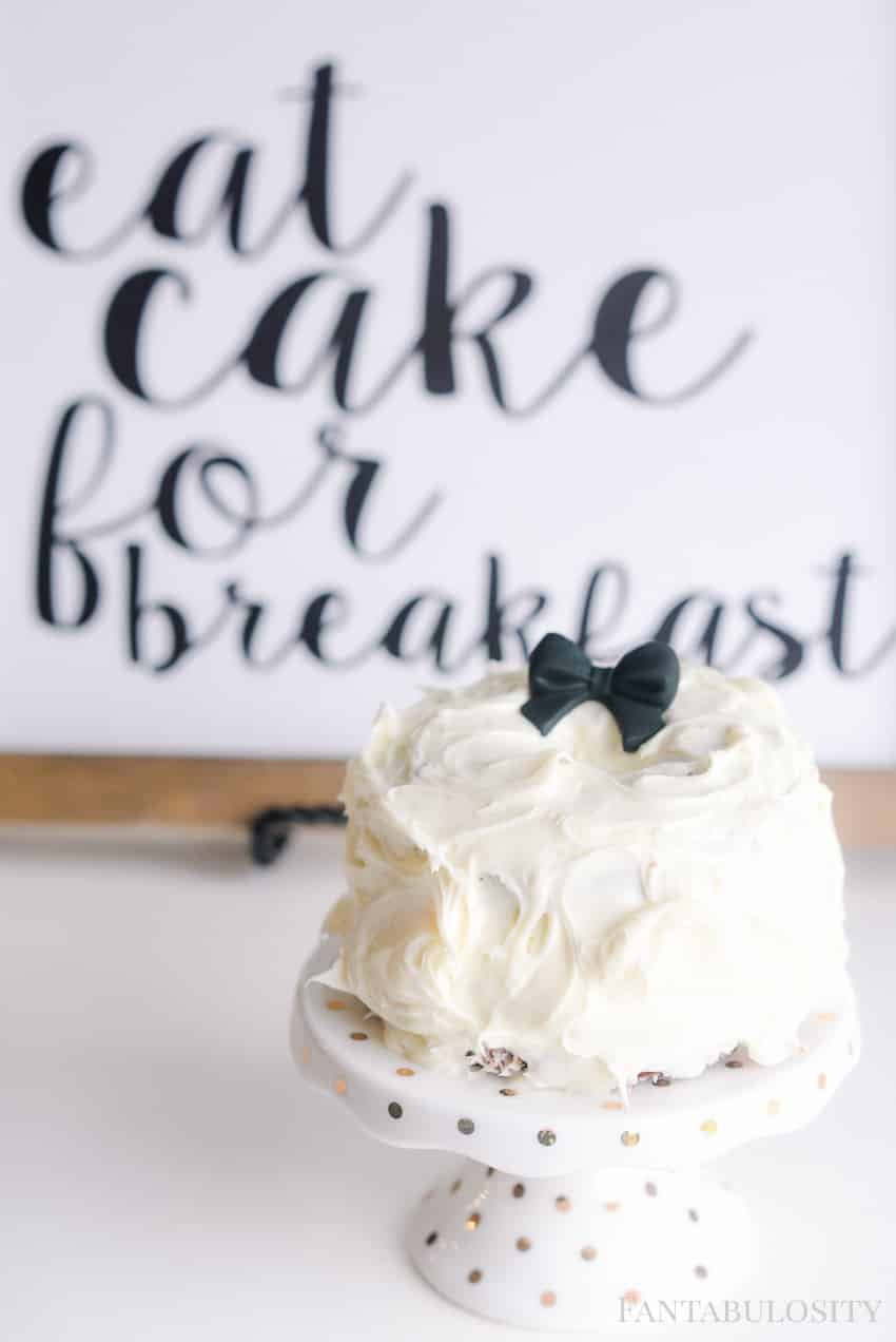 mini cake ideas. tutorial for a birthday, smash cake place setting