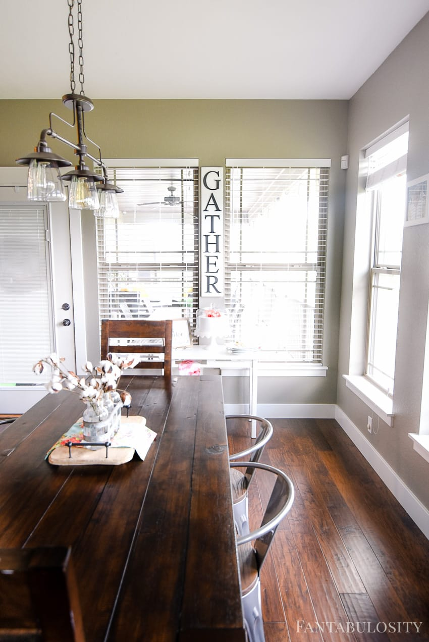 Breakfast Nook - Modern Farmhouse Craftsman Home