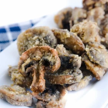 Easy Fried Mushrooms Recipe - Sliced, battered and so easy!