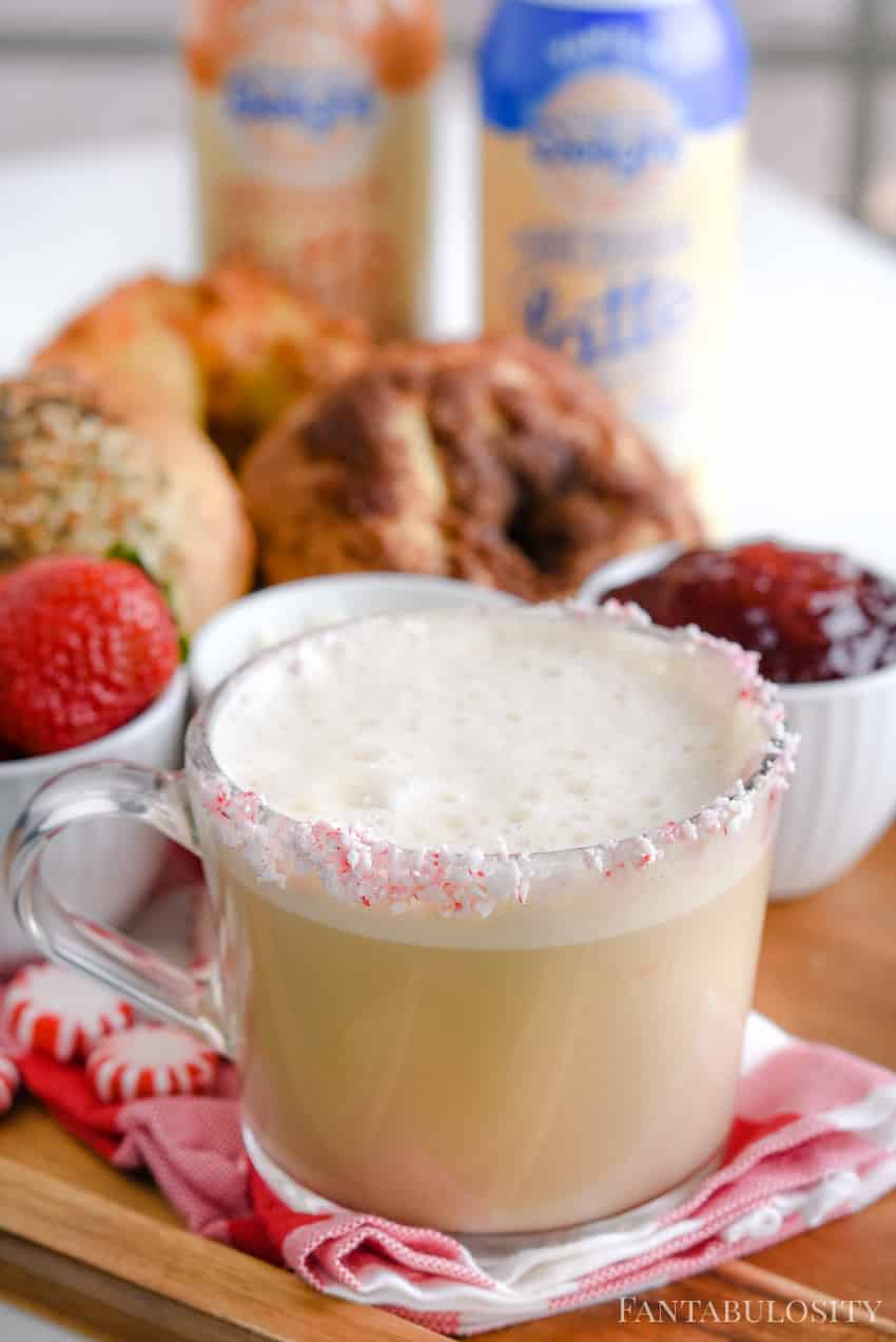 Peppermint Vanilla Latte Recipe - Perfect holiday latte drink idea!