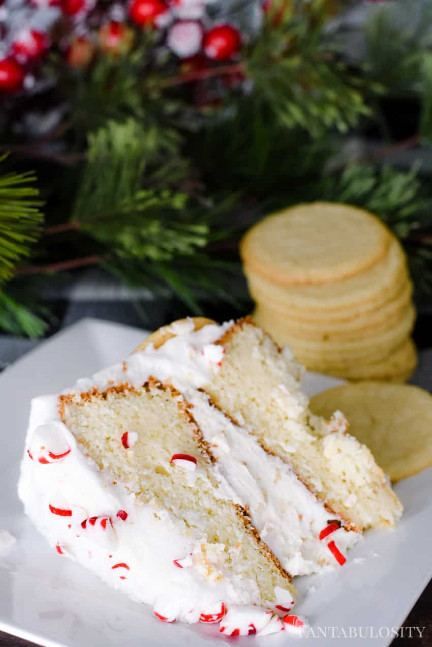 Mmm! Crumbled cookies inside the middle of this cake make this cake incredible! Peppermint Sugar Cookie Crunch Cake
