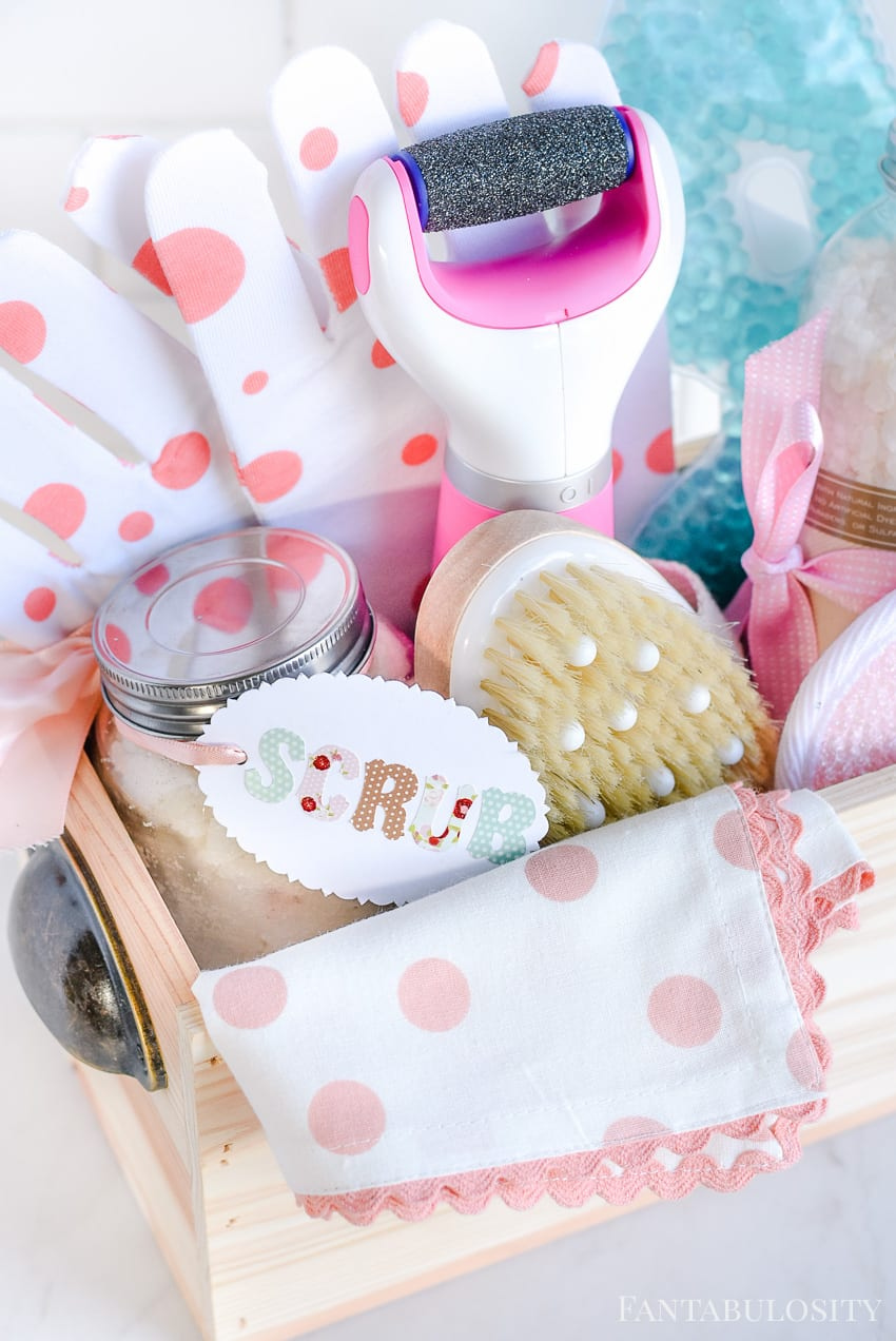 Spa gift idea - gift basket for her