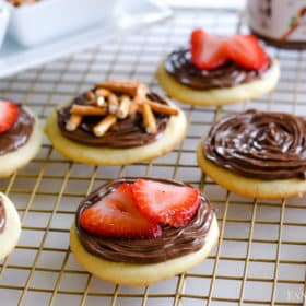 Sugar Cookies topped with Nutella