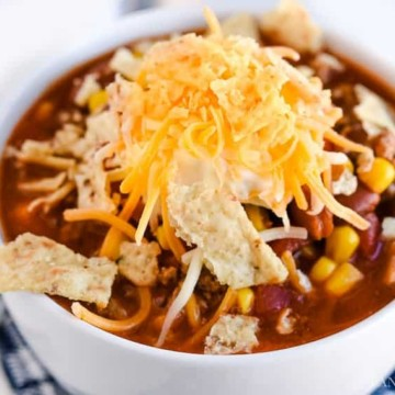 Taco Soup Recipe: So easy, quick, and hearty for a family dinner any day of the week! https://fantabulosity.com