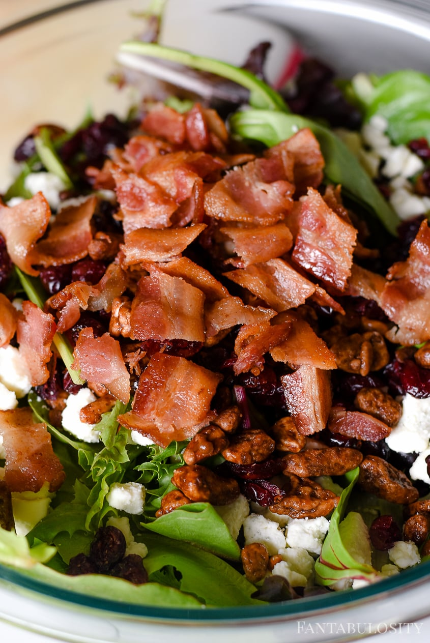 Bacon on an apple salad - easy side dish