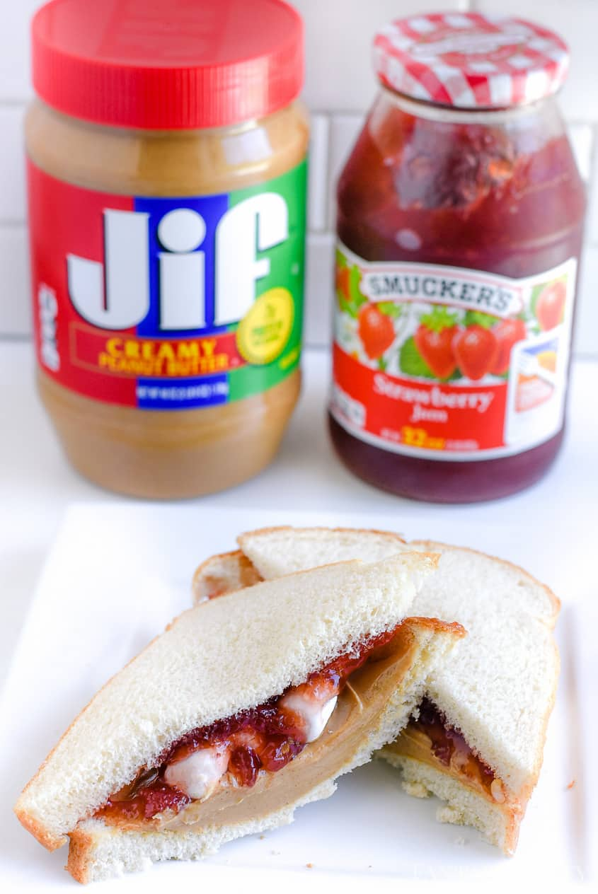 PB&J with marshmallows a fun school lunch idea