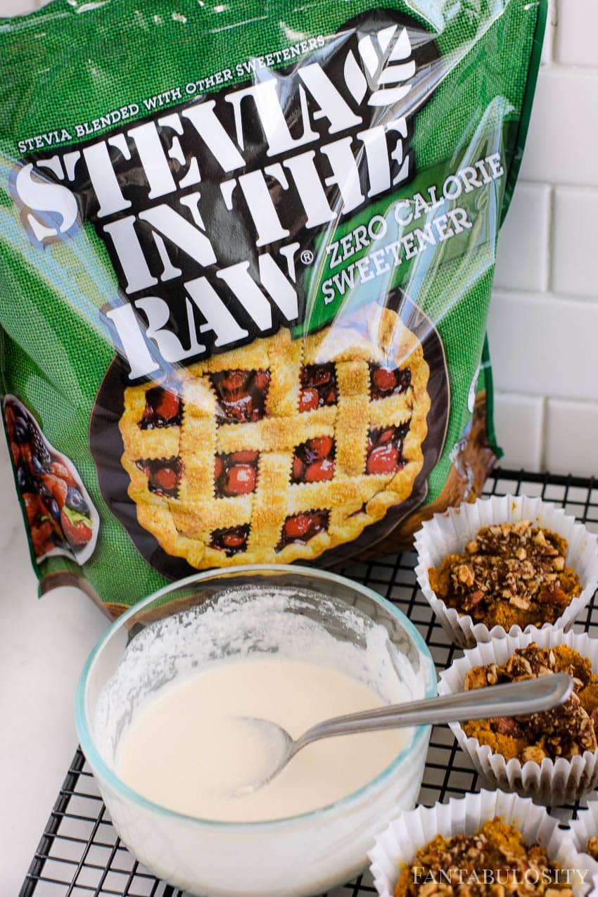 Add heavy cream, butter and vanilla to the powdered stevia