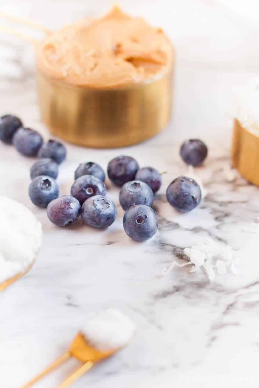 Ingredients for blueberry granola bars
