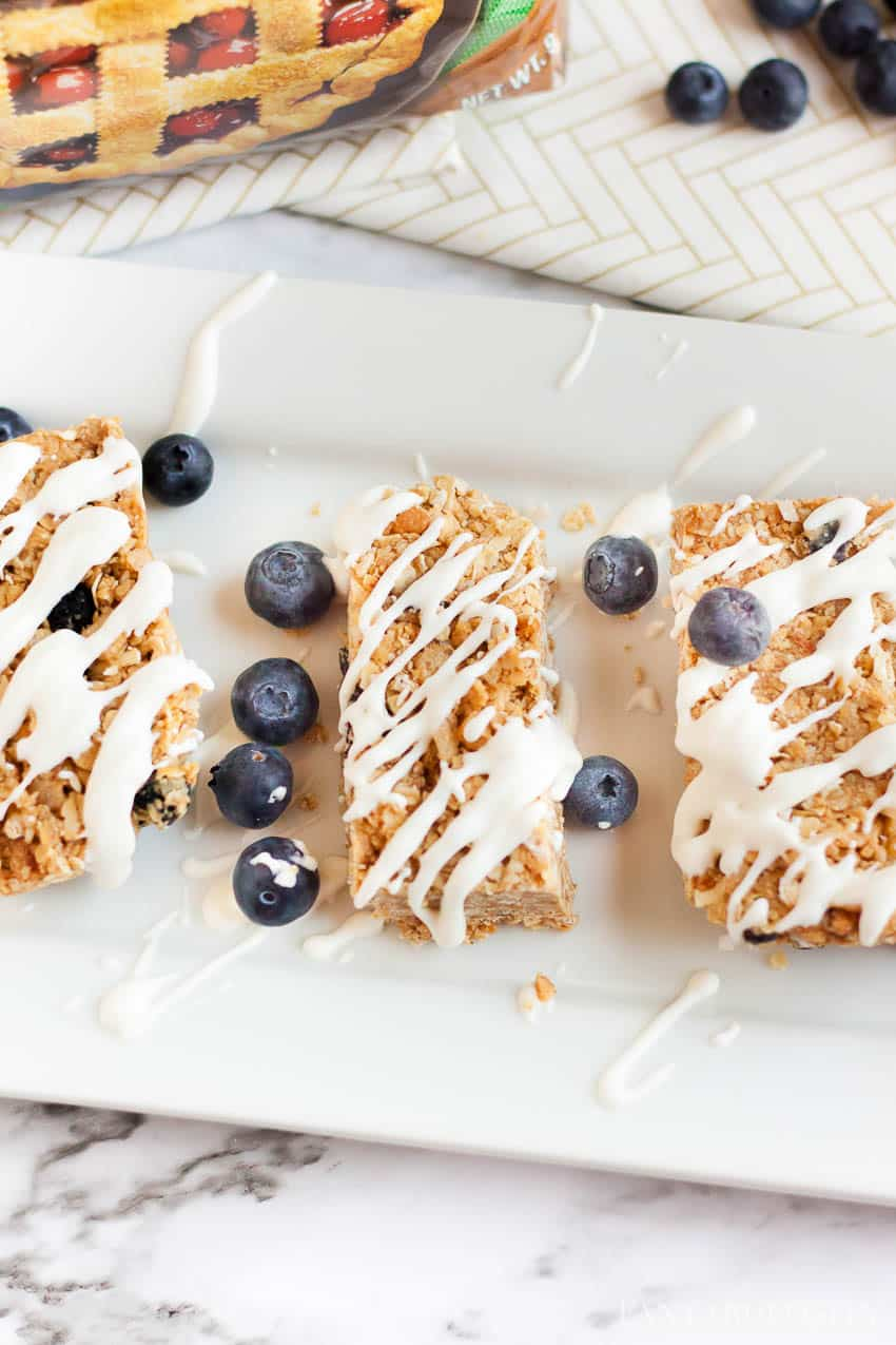 Blueberry Granola Bars with Yogurt drizzle made with Stevia