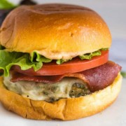Baked turkey burgers recipe with brioche, cheese and veggies