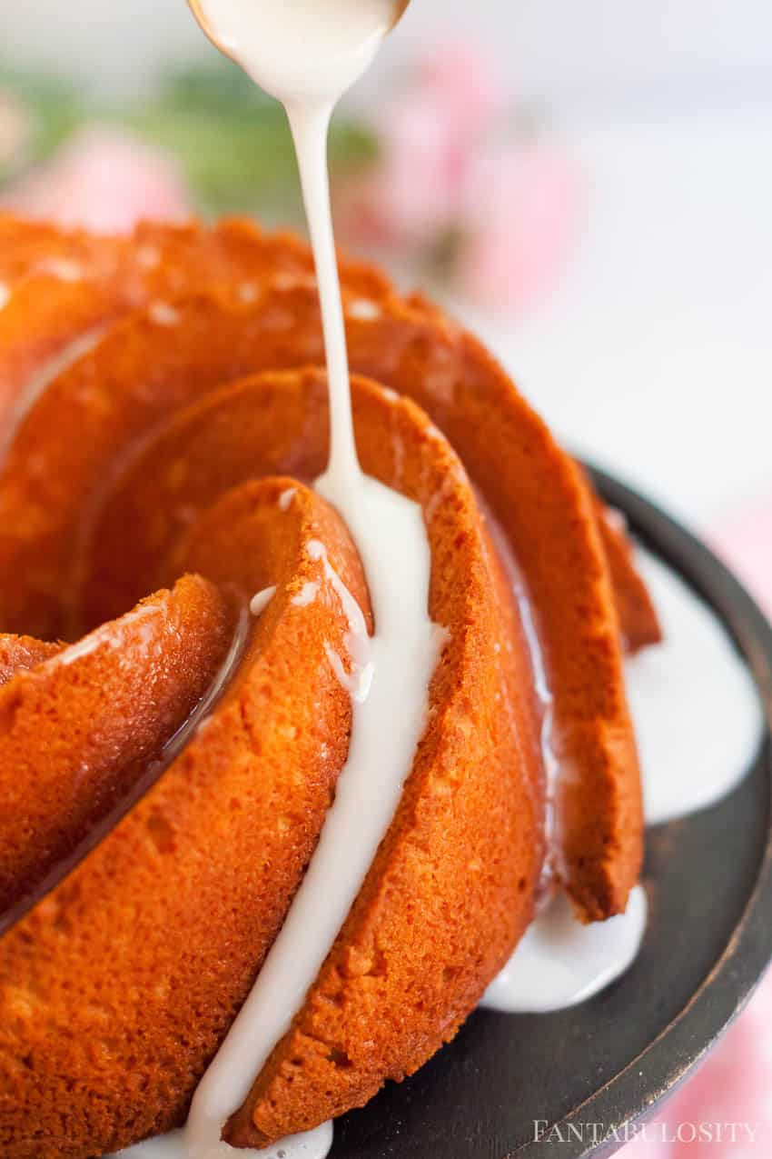Drizzle for pound cake