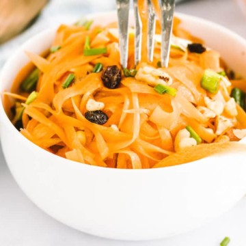 Carrot Salad Recipe with Raisins