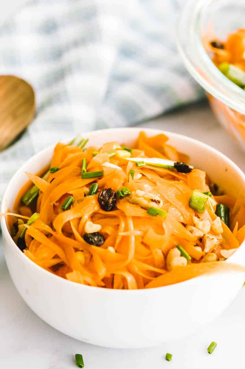 Carrot salad without mayonnaise
