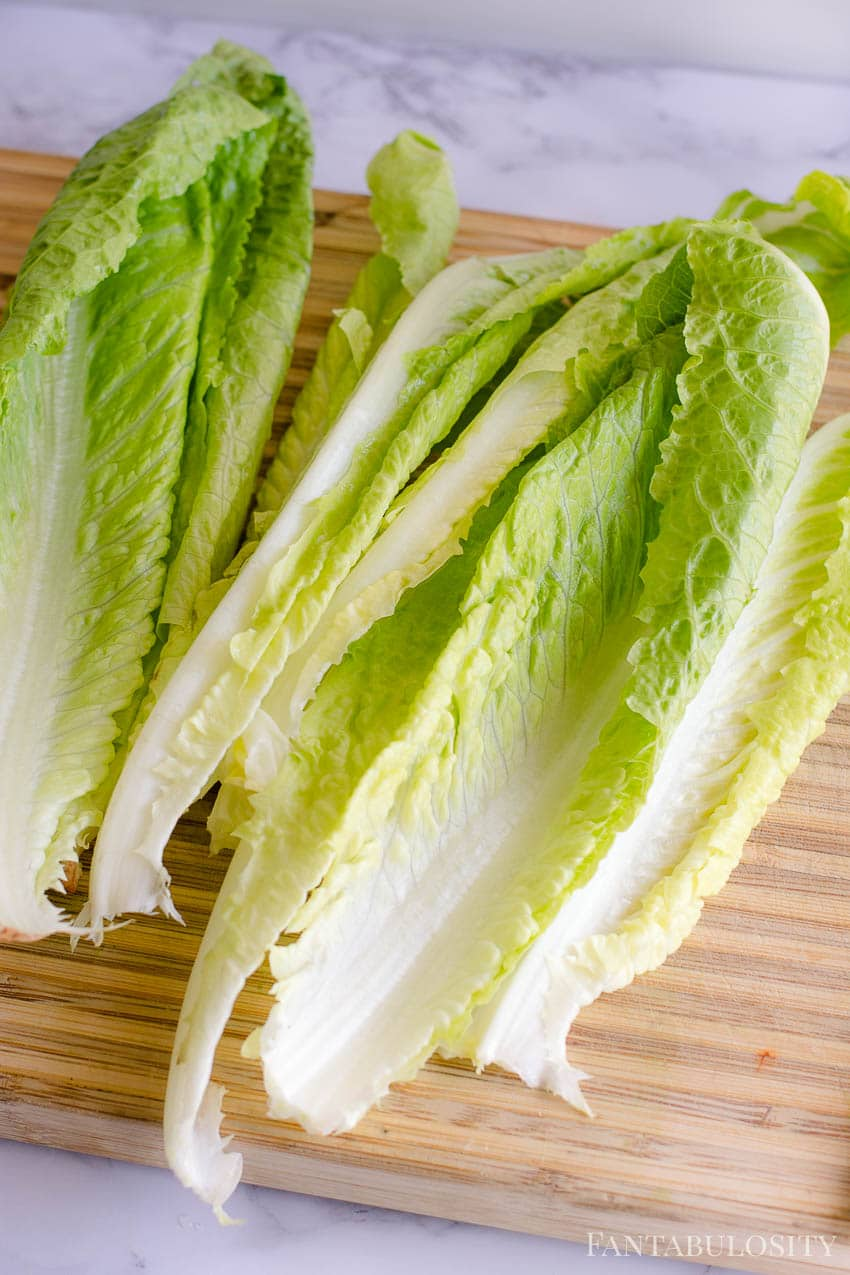3 heads of romaine lettuce to use for salad