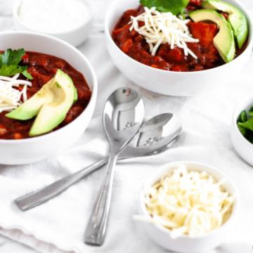 Vegetarian Chili Recipe in white bowls