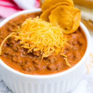 Easy Chili Recipe in white bowl