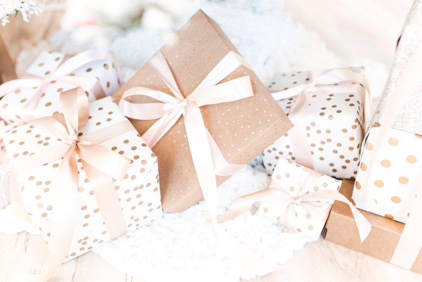 Gift ideas for teachers - wrapped presents