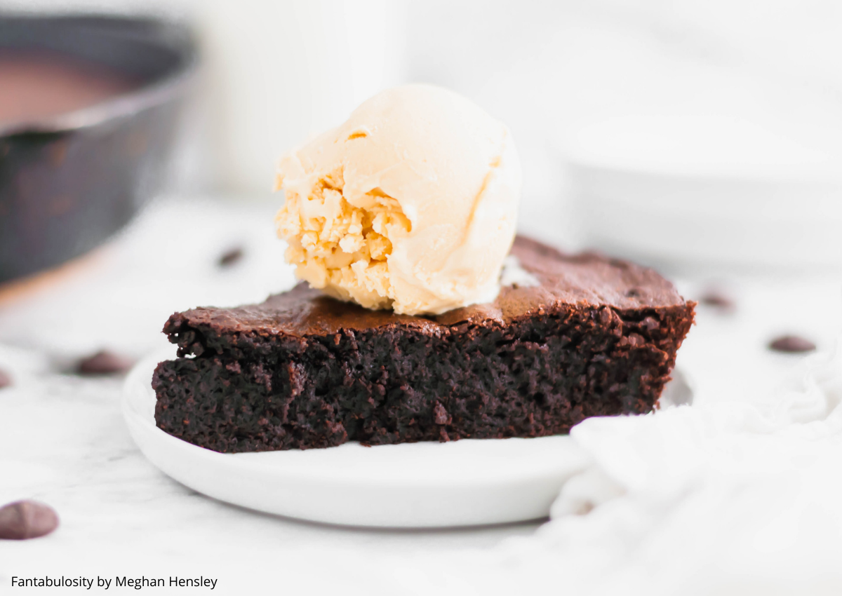 Get ready for the richest, most fudgy brownies around. These Cast Iron Brownies are made in one bowl and done in less than an hour! Perfectly dense, fudgy and chewy with the best crispy edges.
