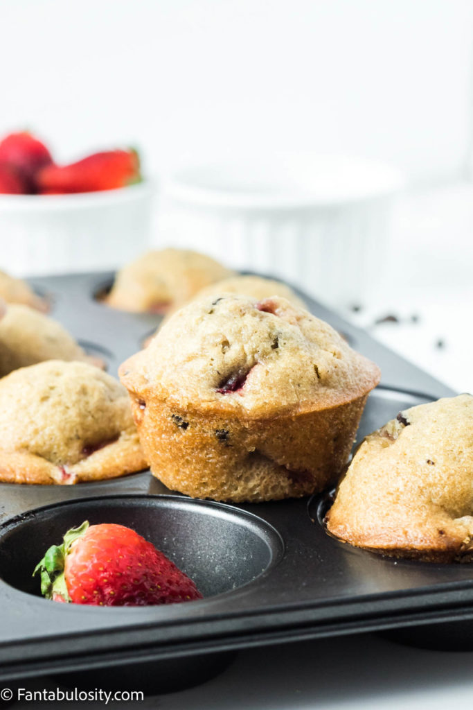 Easy strawberry chocolate chip muffins